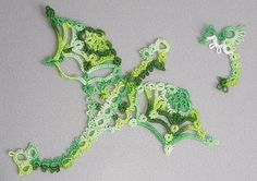 These are 2 pieces of tatting I made using free tatted dragons patterns by Anne Bruvold!