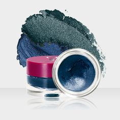 The ONE Colour Impact Cream Eye Shadow Petroleum shine & Deep indigo http://angie.beautyshop.oriflame.nl/products/product-detail.jhtml?prodCode=30744