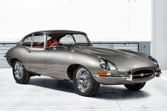 ジャガー・ランドローバーが、往年の名車「ジャガーEタイプ」をレストアして販売。台数は10台限定で、厳選された車両をベースに、ジャガー・クラシック・パーツのみを使用してレストアが施されるという。価格は28万5000ポンドから。
