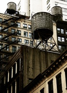 A Basic New York Icon - water tanks