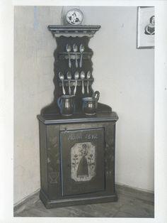 Königsberg (Pr.), Prussia-Museum, Löffelschrank aus Wallendorf