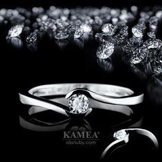 Zásnubný prsteň Diamond Collection 2015, z bieleho 14 karátového lesklého zlata, v ktorom je vsadený 1 briliant o priemere 3,2mm. Možnosť vyhotovenia v žltom aj v červenom prevedení a v každej veľkosti. Heart Ring, Wedding Rings, Engagement Rings, Jewelry, Enagement Rings, Jewlery, Jewerly, Schmuck, Heart Rings