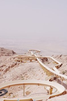 Jebel Hafeet is 1200m high, which makes it the second highest mountain in UAE, but part of the mountain is actually located in Oman. It's out in the middle of nowhere, but on the top, there's a radar station, a viewpoint and…a Mercure hotel!