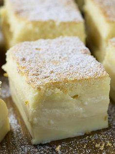 Vanilla Magic Custard Cake is melt-in-your-mouth soft and creamy dessert. Vanilla Magic Custard Cake is melt-in-your-mouth soft and creamy dessert. Easy Cake Recipes, Easy Desserts, Sweet Recipes, Delicious Desserts, Magic Cake Recipes, Amazing Dessert Recipes, Drink Recipes, Jello Dessert Recipes, Easy Sweets