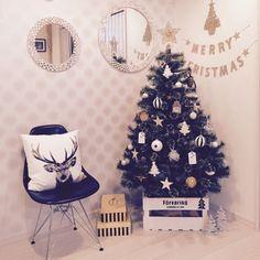 Merrydayさんの、Lounge,オーナメント,フランフラン,クリスマス,クリスマスツリー,クリスマス雑貨,スタジオクリップ,タイムレスコンフォート,ニトリのクッションカバー,コンテスト参加中,niko and… ,ダブルデイ,イームズチェアリプロダクトについての部屋写真