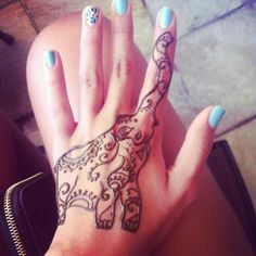 LOVE the elephant on the hand then trunk going up the figure! Totally doing this! <3