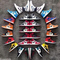 Jordan Shoes Wallpaper, Sneakers Wallpaper, Shoes Nike Adidas, Nike Air Shoes, Lacoste Sneakers, Sneakers Mode, Lacoste Men, Sneaker Outfits, Men Boots