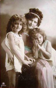 https://flic.kr/p/37QtTQ | Vintage Postcard ~ Little Girls w/ Mom | Vintage Postcard from my collection ~ My favrite little postcard girl and her little sister!