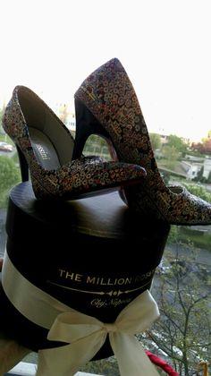#flavia#passini #otter #themillionroses #shoes2016