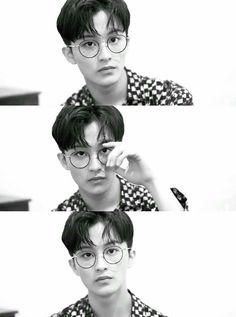 Mark with glasses is art Mark Lee, Taeyong, Jaehyun, Winwin, Kpop, Nct 127 Mark, Fanfiction, Lee Min Hyung, Boyfriends