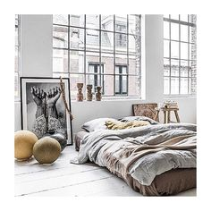 Lusting over this room. #needitinmylife #interiorinspiration #Padgram