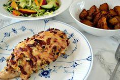 Hasselback kylling med flødeost og bacon