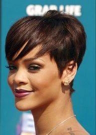Pixie hairstyle from Rihanna2