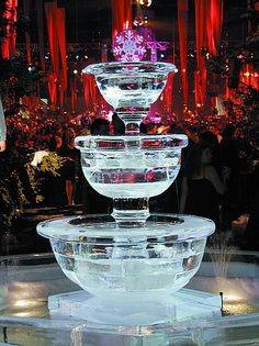 I MUST have an ice sculpture at my wedding