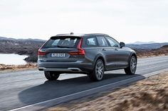 Swedish automakers Volvo have given the cross country treatment to their new wagon, and boy does it look good. The Volvo Cross Country is an adventure crossover that combines a comfortable, engaging driving experience and all-road, all-weathe Diy Gifts For Him, Gifts For Husband, 2016 Cars, Lux Cars, Volvo Cars, Auto News, Future Car, Cross Country, Super Cars