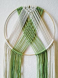 Modern Geometric Macrame Wall Hanging on Brass Ring (Muriel) Moderne geometrische Makramee-Wandbehang auf Messingring (Muriel), Macrame Wall Hanging Diy, Macrame Plant Hangers, Macrame Art, Macrame Projects, Macrame Modern, Macrame Rings, Macrame Knots, Micro Macrame, Art Macramé