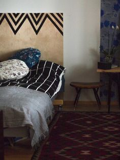 Vapaapäivän ihanuus - Somewhere Lily, Rugs, Home Decor, Farmhouse Rugs, Decoration Home, Room Decor, Orchids, Home Interior Design, Lilies