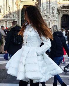 Stylish ivory down jacket from the Fall Winter 2016 collection. Shop the jacket on casunique.com with 40% discount! Стильный, цвета слоновой кости пуховик Elisabetta Franchi доступен к заказу на сайте casunique.com со скидкой 40% | Успейте сделать заказ! #coat #FW16 #FallWinter2016 #Boutique #DigitalStore #lookme #sale #shopping #40off #shop #style #stylish #sale #скидки #boutique #onlinestore #boutiqueonline #onlineboutique #распродажа #beauty #love #доставка #musthave