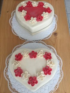 cake weeding Fondant Cakes, Weeding, Desserts, Food, Tailgate Desserts, Grass, Deserts, Weed Control, Essen