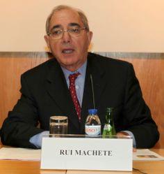 "Rui Machete: para ""amaciar""Cavaco?"
