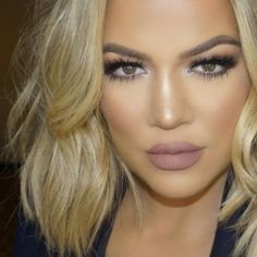 GET THE LOOK! Khloe Kardashian in Paris Lilly Lashes