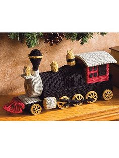 WOOOW.... if anyone know if there is a pattern for extension on this locomotive, like carts and such... this would be great :D Crochet - Children & Baby Patterns - Gift & Toy Patterns - Locomotive Toy