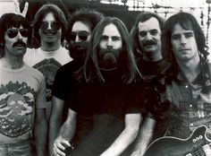 1967 - Mickey Hart joined the Grateful Dead. Are you a Dead Head or do you just like Cherry Garcia ice cream? Grateful Dead Songs, Robert Hunter, Mickey Hart, Dead Pictures, Dead Images, Stinson Beach, Bob Weir, Today In History, Music Theater