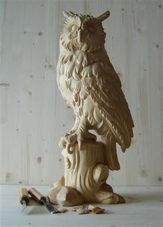 Woodcarving | Резьба по дереву Clay Owl, Wood Carving Patterns, Wood Carving Art, Driftwood Sculpture, Sculpture Clay, Wooden Owl, Wooden Wall Decor, Beautiful Owl, Owl Art
