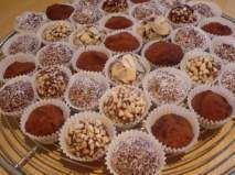 Rețetă Bomboane braziliene Candied Fruit, Diy Food, Fondant, Caramel, Bakery, Muffin, Food And Drink, Sweets, Candy