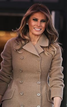 First Lady Melania Trump First Lady Of America, First Lady Melania Trump, Trump Melania, Malania Trump, Donald And Melania, Ivanka Trump, Powerful Women, Girl Crushes, Donald Trump