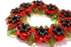 Bracelet made from PRECIOSA beads and seed beads Rose Petal Beads, Rose Petals, Beading Patterns Free, Beading Tutorials, Bead Patterns, Bracelet Patterns, Seed Bead Jewelry, Seed Beads, Beaded Jewelry