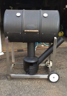 Discover thousands of images about Resultado de imagen para rocket stove and grill Homemade Smoker Plans, Homemade Grill, Diy Smoker, Barbecue Pit, Bbq Grill, Grilling, Outdoor Oven, Outdoor Cooking, Bbq Smoker Trailer