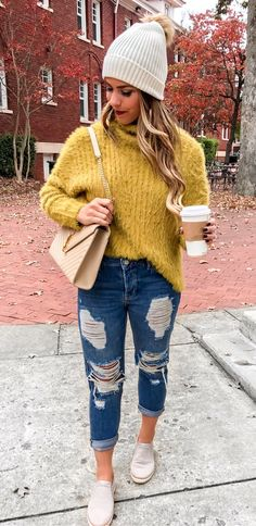 70935322f5f21 #winter #outfits yellow turtle neck sweater and blue distressed jeans  Ubrania Na Jesień,