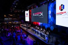 HyperX Esports Arena Las Vegas at The Luxor Vintage Videos, Vintage Video Games, Game Cocktail, Luxor Las Vegas, Gaming Center, Led Video Wall, Challenge, Gaming Station, E Sport