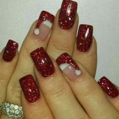 Are you looking for some cute nails desgin for this christmas but you are not sure what type of Christmas nail art to put on your nails, or how you can paint them on? These easy Christmas nail art designs will make you stand out this season. Diy Christmas Nail Art, Christmas Nail Art Designs, Holiday Nail Art, Winter Nail Designs, Winter Nail Art, Colorful Nail Designs, Acrylic Nail Designs, Winter Nails, Winter Christmas