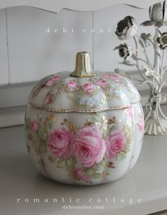 debicoules.com Romantic French Pink Roses Glass Pumpkin.