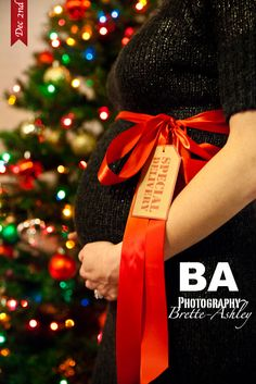 Christmas Maternity Picture   Special Delivery   By: ©baphotography   www.bretteashley.com