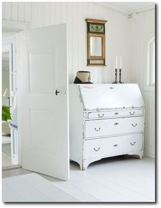 How-To-Paint-White-Furniture.jpg 614×791 pixels