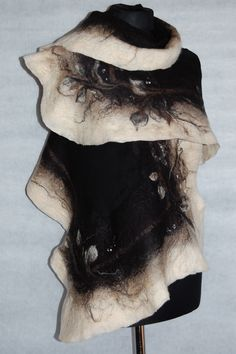 Felt Scarves made by hand. Welcome to my store http://pl.dawanda.com/shop/filcykowo
