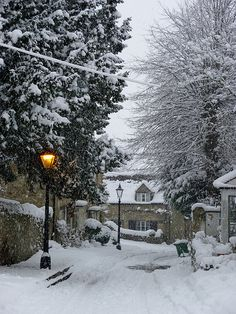 St Andrews Lane 2 Old Headington, Oxford, England Winter Szenen, Winter Love, Winter Magic, Winter White, Winter Christmas, Snow Scenes, English Countryside, Winter Landscape, Winter Beauty