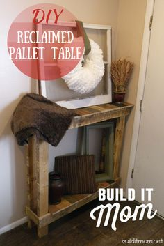 This rustic reclaimed pallet table is perfect for an entry way. *This post contains affiliate links. Diy Furniture Projects, Diy Pallet Projects, Handmade Furniture, Pallet Furniture, Wood Projects, Pallet Crates, Wood Pallets, Pallet Wood, Barnwood Ideas