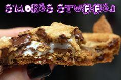 Hugs & CookiesXOXO: S'MORES STUFFED CHOCOLATE CHIP COOKIES....COMPLETELY OVERSIZED!