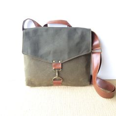 commuter • crossbody messenger bag - mens or womens bag • olive green waxed canvas - industrial olive canvas - mens bag • scout