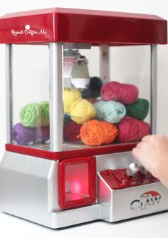 Yarn Claw Machine - Repeat Crafter Me