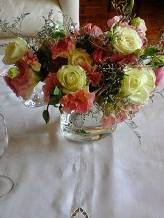 Centro de mesa armado con los souvenirs entregados al final de fiesta. https://www.facebook.com/media/set/?set=a.355783157965291.1073741912.257525177791090&type=3