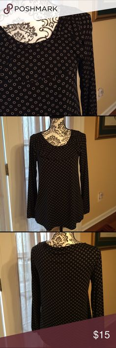 Ann Taylor Rayon top, navy w/ white design. Med Ann Taylor mostly rayon top with spandex,  either dark navy or black with white design. Medium. Very comfy Ann Taylor Tops