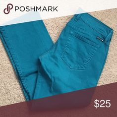 Lucky Brand over dyed Crop Jeans Like New Condition! Beautiful Teal Blue color. Size 4/27 Crop Jeans. Lucky Brand Jeans Ankle & Cropped