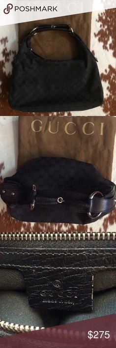 ✨🎁✨G U C C I ✨🎁✨ BEAUTIFUL  ✨GUCCI✨  HORSE-BIT HOBO 💼 IN VERY GOOD CONDITION. I'M LETTING IT GO BECAUSE I DO NOT USE ENOUGH. WILL MAKE A FANTASTIC GIFT 🎁.🚫CANNOT BE BUNDLED 🚫 Gucci Bags Shoulder Bags