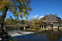 The Old Mill -- It is such a beautiful area of Pigeon Forge and a great place to eat! Places To Eat, Great Places, Pigeon Forge, Old Things, Mansions, House Styles, Beautiful, Home Decor, Decoration Home