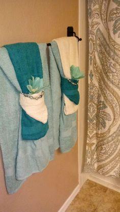 To do in bathrooms bathroom towel decor, bathroom curtains, bathroom spa, downstairs bathroom Bathroom Towel Decor, Bath Decor, Bedroom Decor, Bathroom Curtains, Bathroom Ideas, Bathroom Spa, Downstairs Bathroom, How To Fold Towels, Decorative Towels